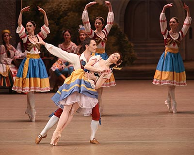 Bolshoi Ballet - Coppelia