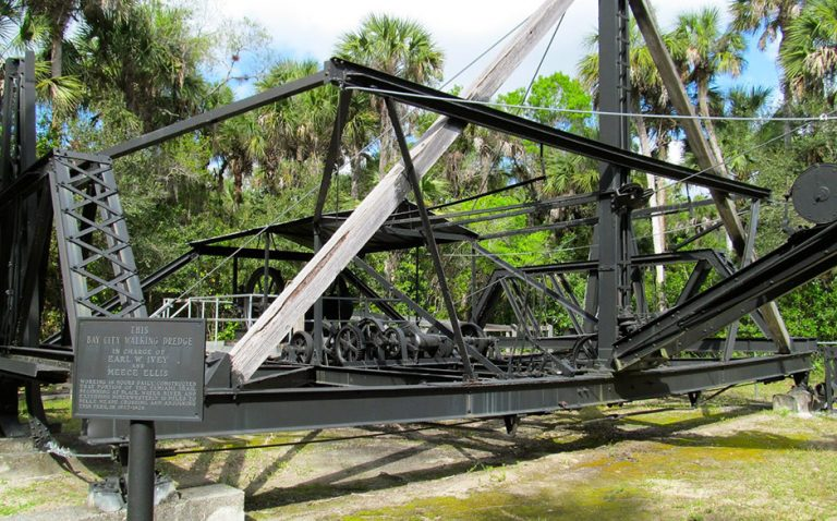 Explore the Florida Everglades - Bay City Walking Bridge